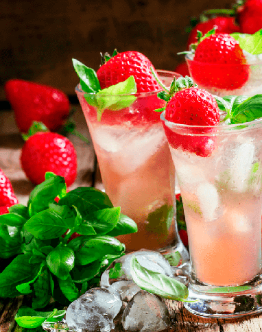 Strawberry Iced Tea Fizz